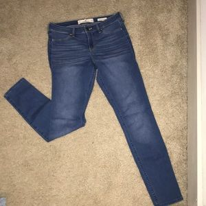 Hollister Low Rise Jean Legging/Jegging